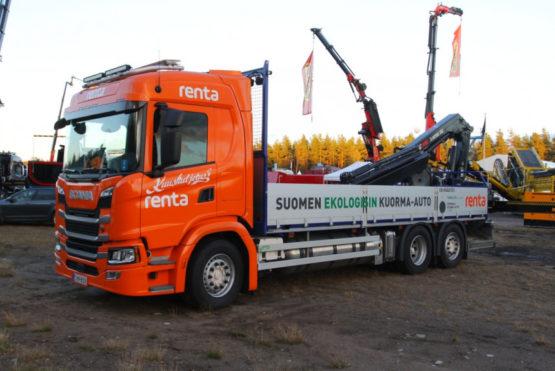 В Финляндии появилась газовая Scania с электрическим краном-манипулятором