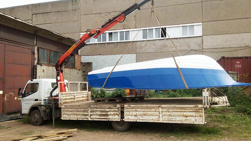 Перевозка лодок и катеров манипулятором