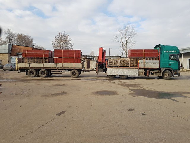 Манипулятор Scania с прицепом 20 тонн